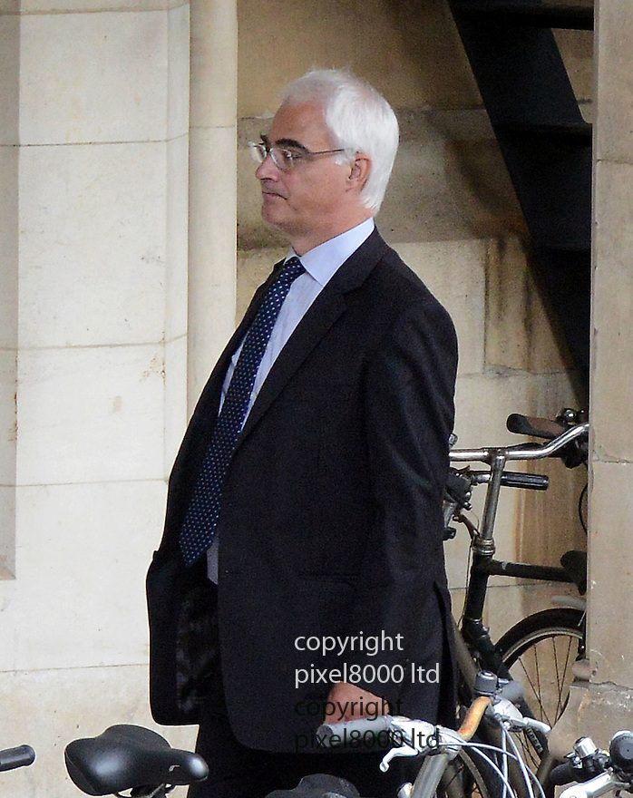 Alistair Darling former Chancellor  at Parliament today  4.7.12  ..as Bob Diamond resigned head of Barclays gives evidence to the Select committee ...Picture by Pixel8000 07917221968