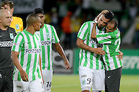 MEDELLÍN -COLOMBIA-10-08-2014. Edwin Cardona (Centro Der) de Atlético Nacional celebra un gol anotado a Millonarios durante partido por la fecha 4 de la Liga Postobón II 2014 jugado en el estadio Atanasio Girardot de la ciudad de Medellín./ Atletico Nacional Player Edwin Cardona (Center R) celebrates a goal scored to Millonarios during the match for the 4th date of the Postobon League II 2014 at Atanasio Girardot stadium in Medellin city. Photo: VizzorImage/Luis Ríos/STR