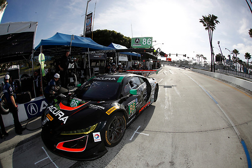 2017 IMSA WeatherTech SportsCar Championship<br /> BUBBA burger Sports Car Grand Prix at Long Beach<br /> Streets of Long Beach, CA USA<br /> Friday 7 April 2017<br /> 86, Acura, Acura NSX, GTD, Oswaldo Negri Jr., Jeff Segal<br /> World Copyright: Michael L. Levitt/LAT Images