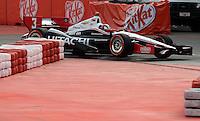 SAO PAULO SP, 04 Maio 2013 - Formula Indy  -   treino livre para a Itaipava São Paulo Indy 300 Nestlé no autódromo de rua do Anhembi na zona norte de Sao Paulo, neste sábado , 04. Helio Castro Neves  (FOTO: ALAN MORICI / BRAZIL PHOTO PRESS).