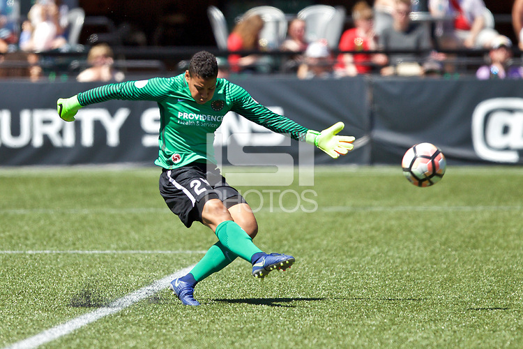 Portland, OR - Saturday August 05, 2017: Adrianna Franch during a regular season National Women's Soccer League (NWSL) match between the Portland Thorns FC and the Houston Dash at Providence Park.