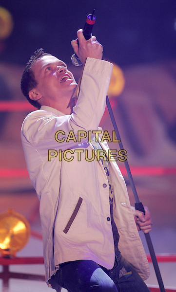 3 DOORS DOWN.Wetten Dass in Berlin 2005.half length  gig music stage concert live singing talk show.www.capitalpictures.com.sales@capitalpictures.com.©Capital Pictures.