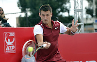 BOGOTA- COLOMBIA 26-07-2015: Bernard Tomic de Australia, devuelve la bola a Adrian Mannarino de Francia, durante partido del ATP Claro Open Colombia de Tenis en las canchas del Centro de Alto rendimiento en Altura en la ciudad de Bogota. / Bernard Tomic of Australia, returns the ball to Adrian Mannarino of France during a match to the ATP Claro Open Colombia of Tennis in the courts of the High Performance Center in Altura in Bogota City. Photo: VizzorImage / Luis Ramirez / Staff.
