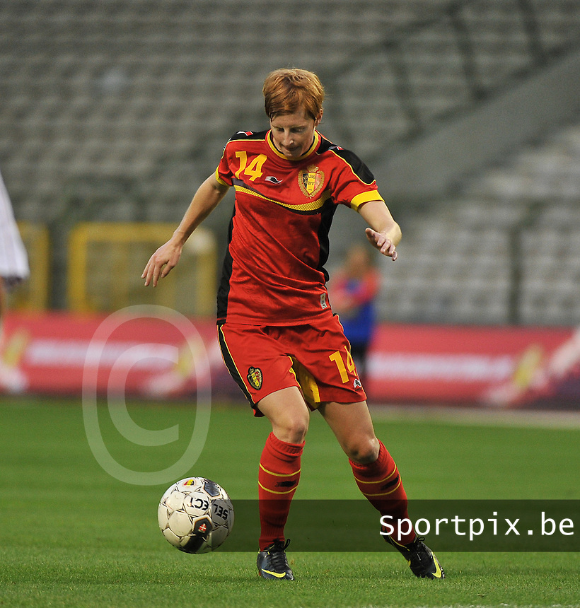 20130921 - BRUSSELS , BELGIUM : Belgian Lien Mermans pictured during the female soccer match between Belgium and Albania , on the first matchday in group 5 of the UEFA qualifying round to the FIFA Women World Cup in Canada 2015 at the Koning Boudewijn Stadion , Brussels . Saturday 21th September 2013. PHOTO DAVID CATRY