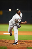 Kane County Cougars pitcher Luis Ramirez (17) delivers a pitch during a game against the Cedar Rapids Kernels on August 18, 2015 at Perfect Game Field in Cedar Rapids, Iowa.  Kane County defeated Cedar Rapids 1-0.  (Mike Janes/Four Seam Images)