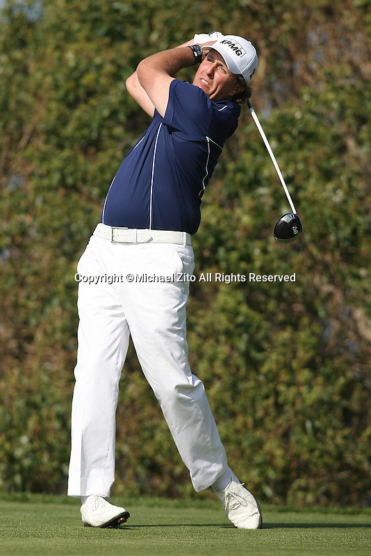 01/31/10 San Diego, CA: Phil Mickelson during the final round of the Farmers Insurance Open. A PGA tournament held at Torrey Pines Golf Course. Ben Crane won the tournament by one stroke.