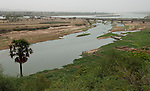 Niamey - Niger, March 30, 2012 -- Bridge over and banks of River 'Fleuve' Niger at low water-level, seen from the Grand Hotel terrace --  Photo © HorstWagner.eu