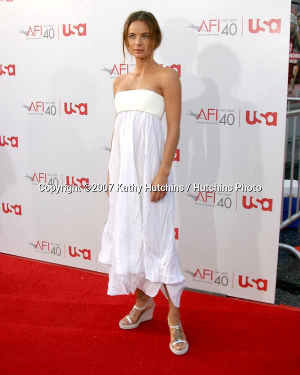Gabrielle Anwar.AFI Salute to Al Pacino.Kodak Theater.Los Angeles, CA.June 7, 2007.©2007 Kathy Hutchins / Hutchins Photo....