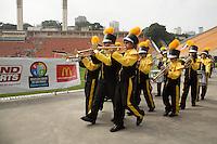 SAO PAULO, SP, 01 DE MAIO DE 2013. ABERTURA DA 11 EDICAO DOS JOGOS DA CIDADE. Equipes das subprefeituras se apresentam durante a abertura da decima primeira edição dos jogos da cidade. Essa competição une equipes de diversas modalidades esportivas com o apoio da prefeitura e da secretaria de esportes da cidade de São Paulo. FOTO ADRIANA SPACA/BRAZIL PHOTO PRESS