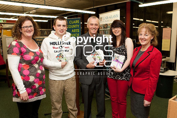 Pictured at the Launch of Flying the Banner Book in the De Valera Library Ennis were, Ann Healy, Killeen Geary, Re O Laighleis,, Amanda Hogan & Theresa O'Donnellan.  Pictured Credit Brian Gavin Press 22