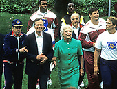 United States President George H.W. Bush first lady Barbara Bush kick-off the Great American Workout Month with Arnold Schwarzenegger on the South Lawn of the White House in Washington, D.C. on May 1, 1990.  Pictured with the Bushes from left to right are former Washington Redskins head coach George Allen, Washington Redskins defensive end Charles Mann, Washington Redskins offensive tackle Jim Lachey, and Mr. Schwarzenegger.<br /> Credit: Howard L. Sachs / CNP