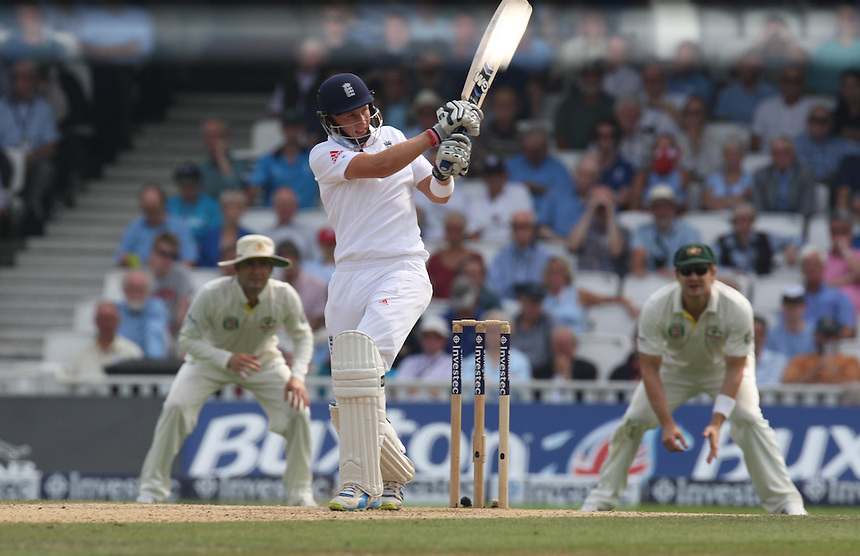 England's Joe Root   in action<br />  Photo by Kieran Galvin/CameraSport <br /> <br /> International Cricket - Fifth Investec Ashes Test Match - England v Australia - Day 3 - Thursday 23rd August 2013 - The Kia Oval - London<br /> <br /> &copy; CameraSport - 43 Linden Ave. Countesthorpe. Leicester. England. LE8 5PG - Tel: +44 (0) 116 277 4147 - admin@camerasport.com - www.camerasport.com