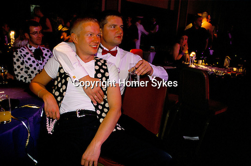 GAY COUPLE, GAYFEST, MANCHESTER, 1999