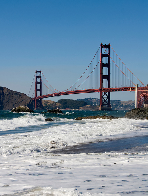California, San Francisco: Golden Gate Bridge from Baker Beach .Photo #: 2-casanf83397.Photo © Lee Foster 2008