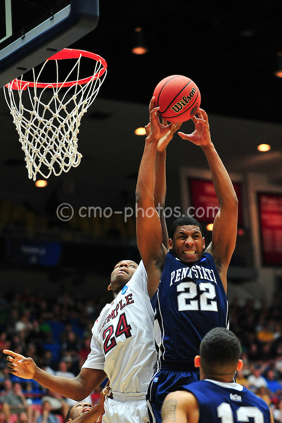 Mar 17, 2011; Tucson, AZ, USA; Penn State Nittany Lions forward Andrew Jones (22) and Temple Owls forward Lavoy Allen (24) fight for a loose ball in the first half of a game in the second round of the 2011 NCAA men's basketball tournament at the McKale Center. Mandatory Credit: Chris Morrison-US PRESSWIRE