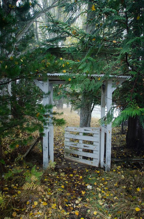 Gate to Nowhere, Tumbo Island, Gulf Islands National Park Reserve, British Columbia, Canada