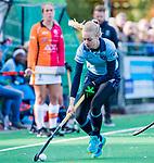 Laren - Josien Galama (Lar)tijdens de Livera hoofdklasse  hockeywedstrijd dames, Laren-Oranje Rood (1-3).  COPYRIGHT KOEN SUYK