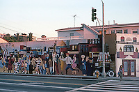 Santa Monica CA: Mural, SE Corner Main & Ocean Park, 1970's. Photo '82.