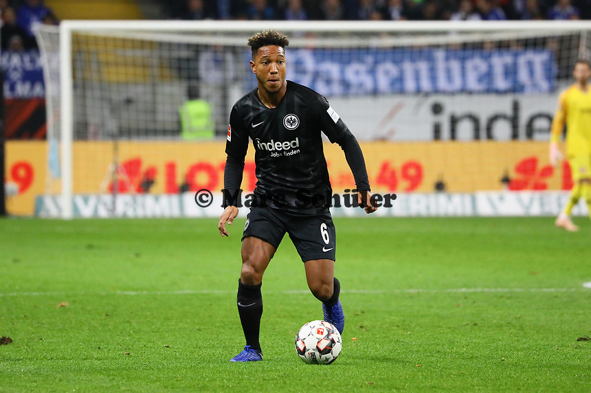 Jonathan de Guzman (Eintracht Frankfurt) - 11.11.2018: Eintracht Frankfurt vs. FC Schalke 04, Commerzbank Arena, DISCLAIMER: DFL regulations prohibit any use of photographs as image sequences and/or quasi-video.