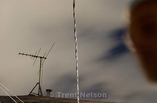 Night clouds and TV antenna. 10/11/2001, 8:32:16 PM<br />