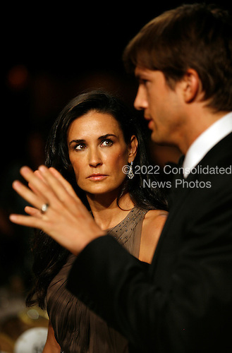 Washington, DC - May 9, 2009 -- Acting duo Demi Moore and Ashton Kutcher shown during the annual White House Correspondents' Association gala dinner at the Washington Hilton Hotel, Washington, DC, Saturday, May 9, 2009..Credit: Martin H. Simon - Pool via CNP