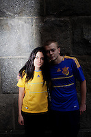 UKRAINE, Kiev, 2/06/2012.Portraits de supporters de football Ukrainiens portant des maillots de l'Euro 2012 dans le centre de Kiev quelques jours avant le coup d'envoi de l'Euro 2012 de Football co-organisé par l'Ukraine et la Pologne..UKRAINE, Kiev, 2012/06/2..Portraits of Ukrainian football fans wearing T-shirts of Euro 2012 in the center of Kiev few days before the kickoff of the Euro 2012 Football co-hosted by Ukraine and Poland..© Pierre Marsaut / Est&Ost Photography