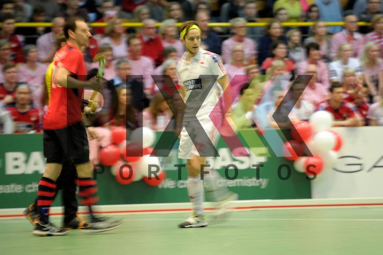 GER - Luebeck, Germany, February 06: During the 1. Bundesliga Herren indoor hockey semi final match at the Final 4 between Berliner HC (red) and Rot-Weiss Koeln (white) on February 6, 2016 at Hansehalle Luebeck in Luebeck, Germany. Final score 2-3 (HT 6-10). <br /> <br /> Foto &copy; PIX-Sportfotos *** Foto ist honorarpflichtig! *** Auf Anfrage in hoeherer Qualitaet/Aufloesung. Belegexemplar erbeten. Veroeffentlichung ausschliesslich fuer journalistisch-publizistische Zwecke. For editorial use only.