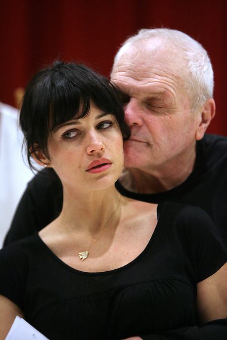 Carla Gugino and Brian Dennehy rehearse Desire Under the Elms at the Goodman Theatre. 2009