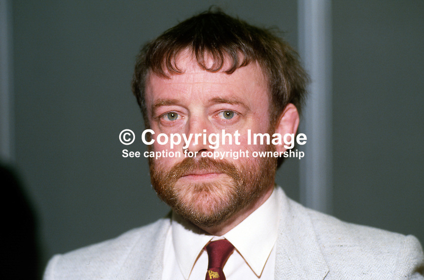 David Hinchliffe, MP, Labour Party, UK, 19870933DH.<br /> <br /> Copyright Image from Victor Patterson, 54 Dorchester Park, Belfast, UK, BT9 6RJ<br /> <br /> t1: +44 28 9066 1296<br /> t2: +44 28 9002 2446<br /> m: +44 7802 353836<br /> <br /> e1: victorpatterson@me.com<br /> e2: victorpatterson@gmail.com<br /> <br /> www.victorpatterson.com<br /> <br /> IMPORTANT: Please see my Terms and Conditions of Use at www.victorpatterson.com