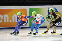 SCHAATSEN: DORDRECHT: Sportboulevard, Korean Air ISU World Cup Finale, 10-02-2012, Annita van Doorn NED (14), Arianna Fontana ITA (126), Yasuko Sakashita JPN (133), ©foto: Martin de Jong
