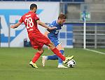 Ellyes Skhiri (1.FC Köln) und Jacob Bruun Larsen (TSG 1899 Hoffenheim)<br /> <br /> Foto: POOLFOTO/Avanti/Ralf Poller/PIX-Sportfotos.<br /> TSG 1899 Hoffenheim-1. FC Koeln.<br /> Sinsheim,  GER, 27.05.2020 , 28. Spieltag , Fussball 1. Bundesliga 2019/2020.<br /> <br /> Sport: Fussball: LIGA: Saison 19/20: TSG 1899 Hoffenheim- 1.FC Koeln, 27.05.2020.<br /> Foto: RALF POLLER/AVANTI/POOL<br /> <br /> Nur für journalistische Zwecke! Only for editorial use! <br /> Gemäß den Vorgaben der DFL Deutsche Fußball Liga ist es untersagt, in dem Stadion und/oder vom Spiel angefertigte Fotoaufnahmen in Form von Sequenzbildern und/oder videoähnlichen Fotostrecken zu verwerten bzw. verwerten zu lassen. DFL regulations prohibit any use of photographs as image sequences and/or quasi-video.