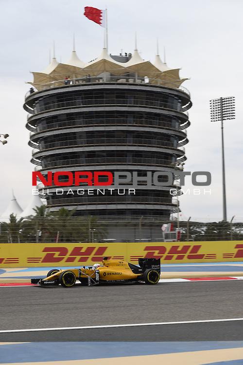01.04.. bis 03.04.2016 International Circuit, Sakhir, BRN, FIA, Formel 1, Grand Prix von Bahrain, Race 03, im Bild<br /> Kevin Magnussen (DEN#20) Renault Sport F1 Team<br /> Foto &copy; nordphoto /  Bratic