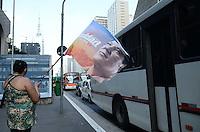 SAO PAULO, 23 DE JULHO DE 2012 - ELEICOES 2012 - Campanha politica de candidato a prefeitura de Sao Paulo e vista na Avenida Paulista na tarde desta segunda feira, regiao central da capital. FOTO: ALEXANDRE MOREIRA - BRAZIL PHOTO PRESS