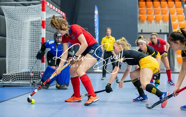 ROTTERDAM  - NK Zaalhockey,   halve finale dames Laren-Den Bosch. Laren wint. Pam van Asperen (Lar)   COPYRIGHT KOEN SUYK
