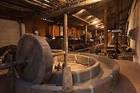 Europe/France/Normandie/Basse-Normandie/50/Saint-Jean-des-Champs: Ferme de l´Hermitière - Ecomusée du Cidre, vieux pressoir à pommes // Europe,France,Normandie,Basse-Normandie,Saint-Jean-des-Champs: Cider muséum, apple press