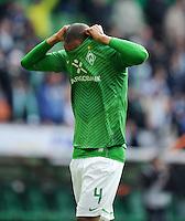 FUSSBALL   1. BUNDESLIGA   SAISON 2011/2012   34. SPIELTAG SV Werder Bremen - FC Schalke 04                       05.05.2012 Naldo (SV Werder Bremen) ist enttaeuscht