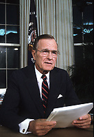 Washington DC., USA, September 2,1991<br /> President George H.W. Bush gives televised speech from the Oval Office on Nuclear Arms Reduction. Credit: Mark Reinstein/MediaPunch