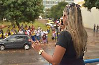 BRASÍLIA, DF, 24.09.2013 – GREVE DOS CORREIOS – Os funcionários dos correios em protesto em frente ao Ministério do Planejamento em Brasilia, nesta terça-feira, 24. Eles reivindicam aumento de 15% e a reposição de perdas salariais no período 1994 a 2002, calculadas em 20%. (Foto: Ricardo Botelho / Brazil Photo Press).