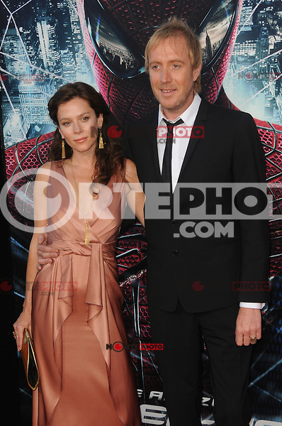 Rhys Ifans at the premiere of Columbia Pictures' 'The Amazing Spider-Man' at the Regency Village Theatre on June 28, 2012 in Westwood, California. &copy; mpi35/MediaPunch Inc. /*NORTEPHOTO.COM*<br /> **SOLO*VENTA*EN*MEXICO** **CREDITO*OBLIGATORIO** *No*Venta*A*Terceros*<br /> *No*Sale*So*third* ***No*Se*Permite*Hacer Archivo***No*Sale*So*third*&Acirc;&copy;Imagenes*con derechos*de*autor&Acirc;&copy;todos*reservados*.