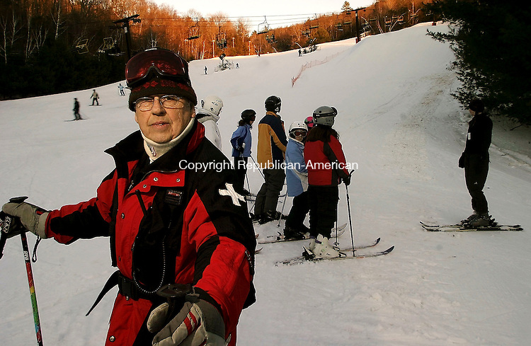 NEW HARTFORD, CT--04 February 2005- 020405JS05-- Harwinton, Conn. resident Harold Humphrey is retired but still very active. At 87, he still works the ski partol at Ski Sundown in New Hartford, Conn. -- Jim Shannon Photo--New Hartford, Ski Sundown, Harold Humphrey, Harwinton are CQ