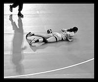 EHF Champions League Handball Damen / Frauen / Women - HC Leipzig HCL : SD Itxako Estella (spain) - Arena Leipzig - Gruppenphase Champions League - im Bild: Louise Lyksborg am Boden. Foto: Norman Rembarz .