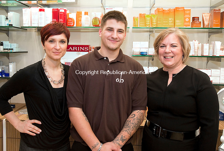 Social moment palace spa tacul republican american photos for Adams salon fairfield ct