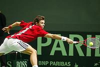 06-03-2006,Swiss,Freibourgh, Davis Cup , Swiss-Netherlands,  Stanislas Wawrinka in action
