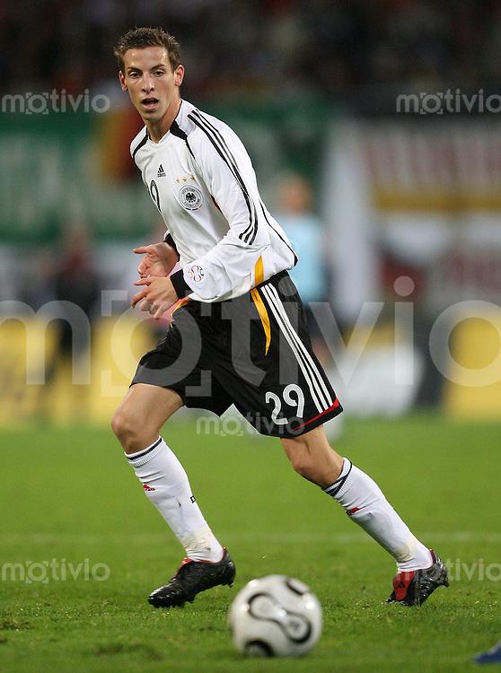 Fussball  International   Saison 2006/2007 Jan SCHLAUDRAFF (Deutschland), Einzelaktion am Ball