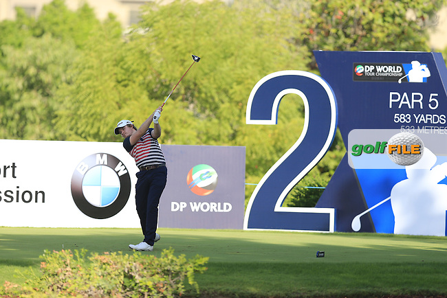 Eddie Pepperell (ENG) on the 2nd tee during Round 1 of the DP World Tour Championship at the Earth course,  Jumeirah Golf Estates in Dubai, UAE,  19/11/2015.<br /> Picture: Golffile | Thos Caffrey<br /> <br /> All photo usage must carry mandatory copyright credit (&copy; Golffile | Thos Caffrey)