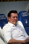14.04.2018, Wirsol Rhein-Neckar-Arena, Sinsheim, GER, 1.FBL, TSG 1899 Hoffenheim vs Hamburger SV, im Bild<br />Trainer Christian Titz (Hamburg)<br /> Foto &copy; nordphoto / Bratic