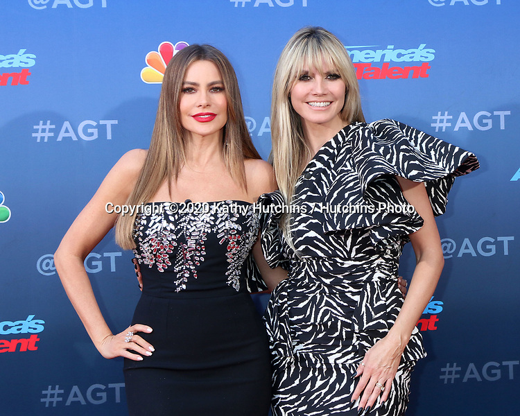 LOS ANGELES - MAR 4:  Sophia Vergara and Heidi Klum at the America's Got Talent Season 15 Kickoff Red Carpet at the Pasadena Civic Auditorium on March 4, 2020 in Pasadena, CA