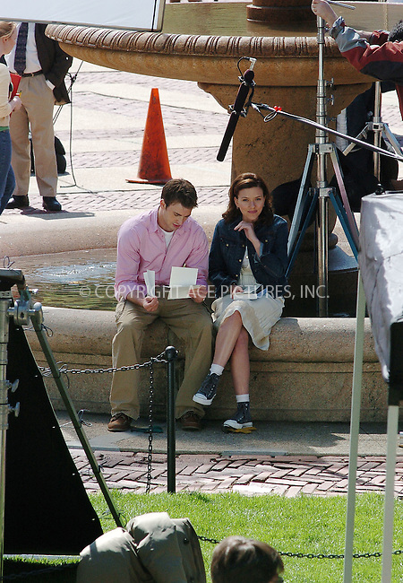 "WWW.ACEPIXS.COM . . . . .  ....April 27 2006, New York City....Scarlett Johannson and Chris Evans were on the set of their new movie ""The Nanny Diaries"" on Columbia University Campus on the Upper West Side of Manhattan.....Please byline: ALICE STONE-ACEPIXS.COM.... *** ***..Ace Pictures, Inc:  ..(212) 243-8787 or (646) 769 0430..e-mail: picturedesk@acepixs.com..web: http://www.acepixs.com"