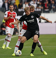 Martin Hinteregger (Eintracht Frankfurt) gegen Emile Smith Rowe (Arsenal London) - 19.09.2019:  Eintracht Frankfurt vs. Arsenal London, UEFA Europa League, Gruppenphase, Commerzbank Arena<br /> DISCLAIMER: DFL regulations prohibit any use of photographs as image sequences and/or quasi-video.