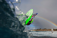 Antoine Martin (FRA) windsurfing in Ho'okipa Beach Park (Maui, Hawaii, USA)